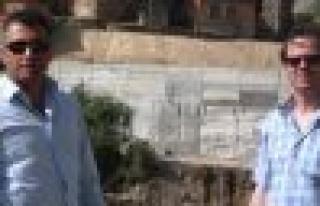 Umcular'ın istinad duvarı tamamlandı