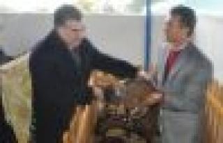 Vali ve Rektör Çineli Çobanları Sevindirdi