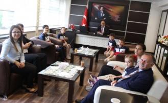 Öğrenciler, Çine Kaymakam Erdoğan'ı Ziyaret Etti