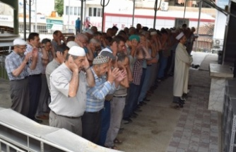 Çine'de Muhammed Mursi için gıyabi cenaze namazı kılındı