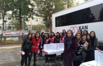 Mehmet Tuncer Anadolu Lisesi Kan Bağışında Bulundu
