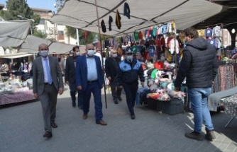Kaymakam Erdoğan pazar yerini denetledi