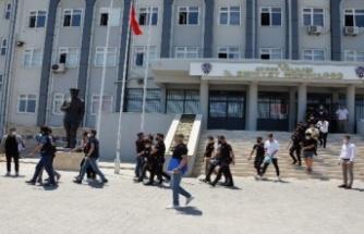 Adliyeye sevk edilen 15 şüpheliden 14'ü tutuklandı