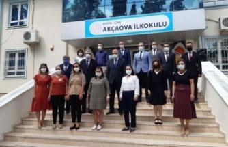 Akçaova İlköğretim Okulu'nda Sinem Kuran Kütüphanesi açıldı