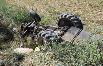 Çine'de traktör kazası: 1 yaralı
