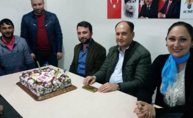 Zeki Sezer'e,  'ZİHİR Gibinsin' Sürpriz Doğum Günü