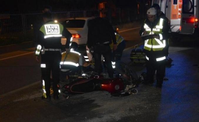 Motosiklet TIR'a Çarptı: 1 Yaralı
