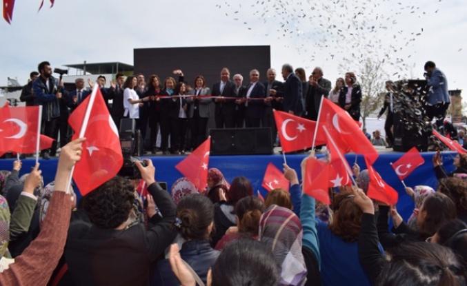 Topuklu Efe ve Başkan Dinçer'den Çine'de Hem Açılış Hem Temel Atma