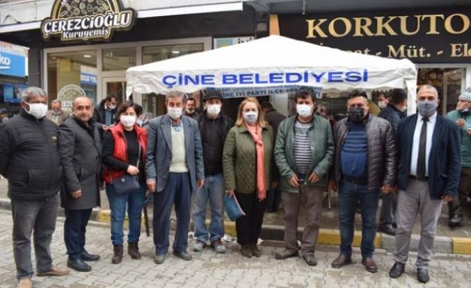 Çine İyi Parti, Çanakkale Şehitleri için aşure tatlısı dağıttı