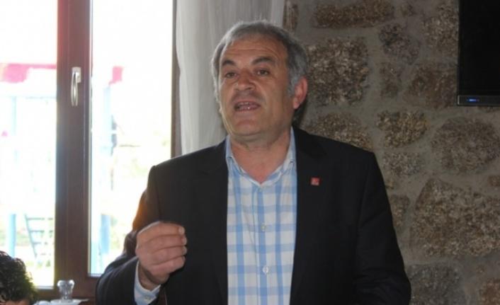 "CHP İlçe Başkanı Şahin, ""AKP Vatandaşa Umut Dağıtarak Sömürdü"""