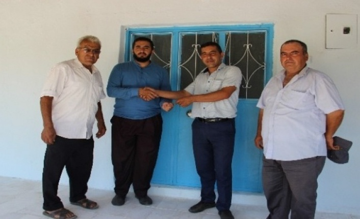Kapruzlu'daki Cami Lojmanı, Onarılıp Yeni İmamına Teslim Edildi